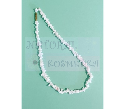 Белоснежное ожерелье из камней
